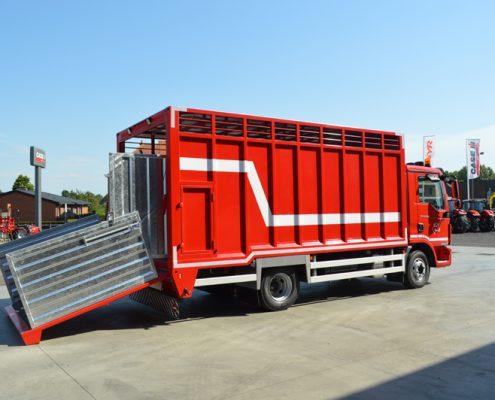 metaalconstructie vrachtwagen 2
